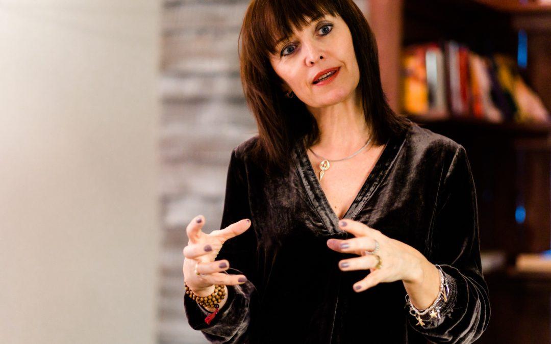 Wie du die Energie der Rauhnächte für dein persönliches Wachstum nutzen kannst – Interview mit Daniela Hutter