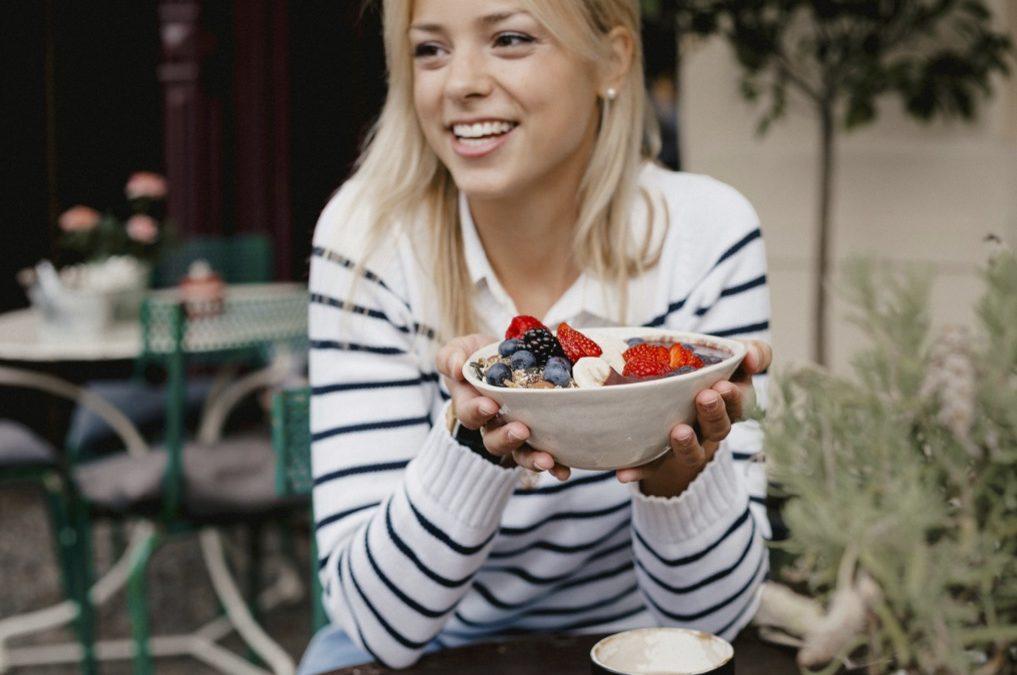 Intuitives Essen als Schlüssel zum Wohlfühlkörper – Ein Interview mit Mareike Awe von Intueat